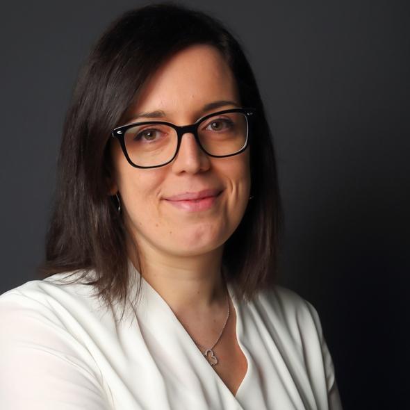 Maître Sandrine Vara