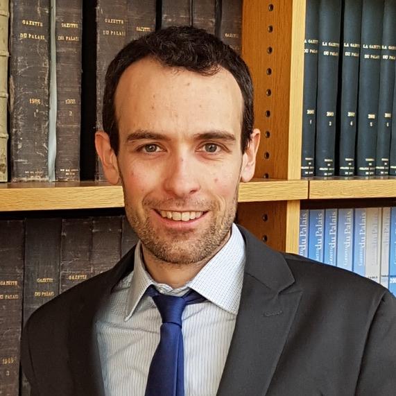 Maître Achille Viano