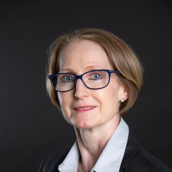 Maître Christine Gury