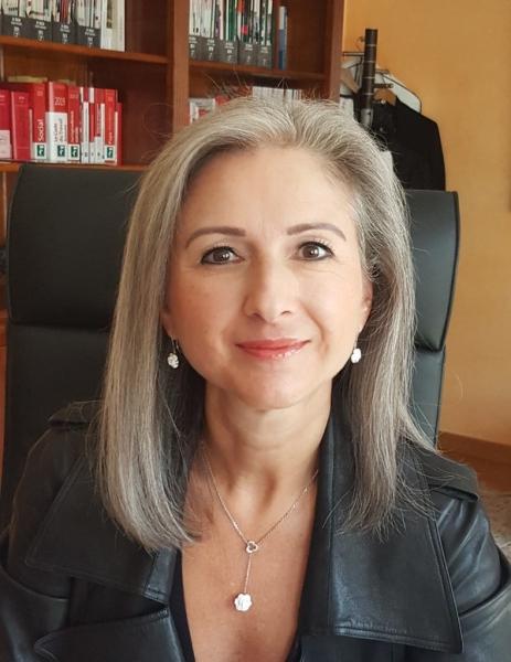 Maître Agnès Derderian