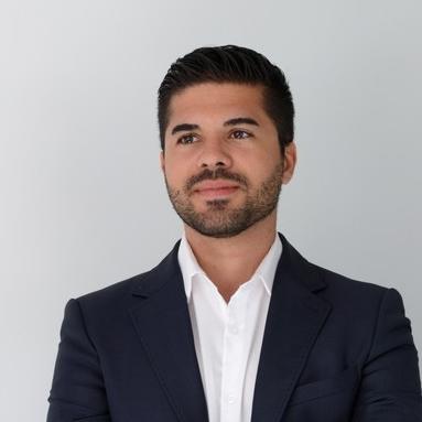 Maître Steven Viveiros Alves