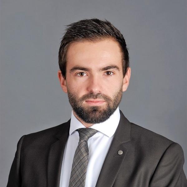 Maître Dorian Aubin