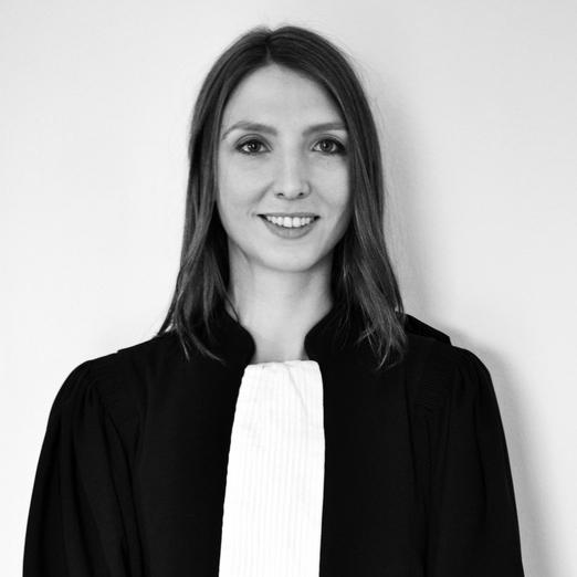 Maître Julie Herrmann