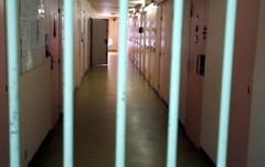 Maison d'arrêt de Varces : au nom du peuple français, l'Etat est condamné pour des conditions de détention contraires à la dignité de la personne humaine.