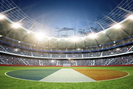 Sport et publicité : les grands panneaux publicitaires autorisés dans les stades