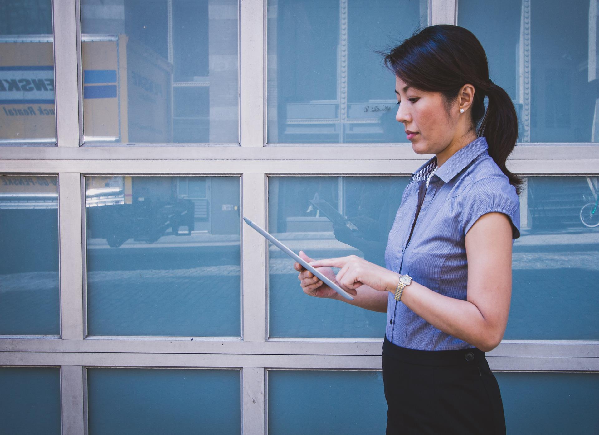 Employer un salarié étranger : les règles et la pratique