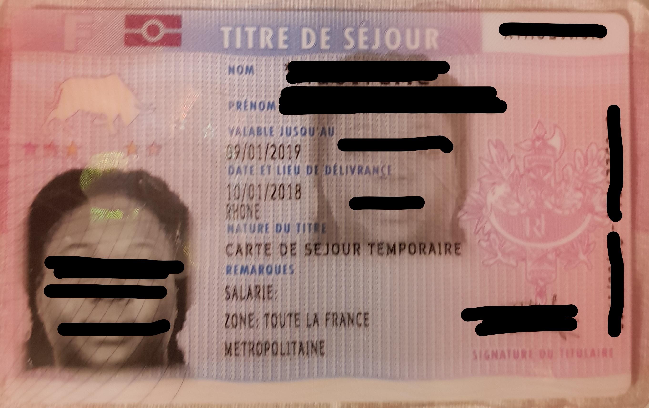 """Le premier titre de séjour """"salarié"""" et son importance pour la suite du parcours en France"""