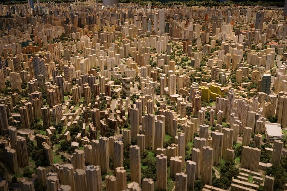 Une modification illégale du document d'urbanisme peut-elle entraîner un préjudice réparable pour l'acquéreur d'un terrain rendu illégalement constructible ?