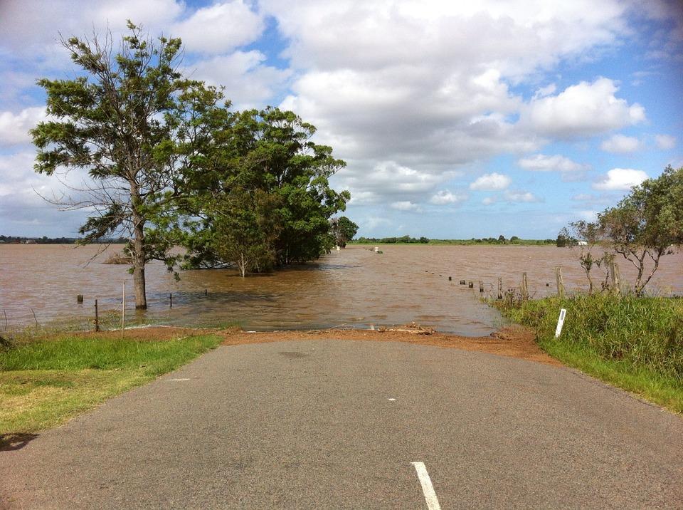 Un projet présentant des risques d'inondation peut être refusé alors même que le PPRI classe le terrain en zone constructible