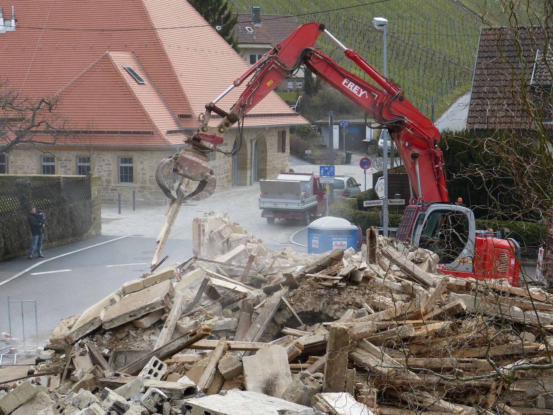 Démolition des constructions pour perte d'ensoleillement de la parcelle voisine