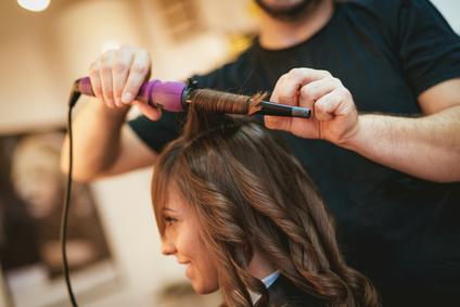 Est reconnu discriminatoire le licenciement d'un coiffeur traité de « PD »