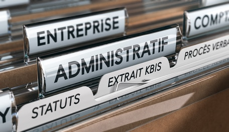 La délivrance gratuite à tous les chefs d'entreprise de leur Kbis numérique