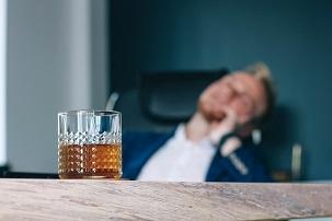 Alcool au travail : une tolérance zéro justifiée