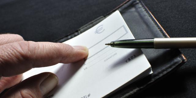 Une caution qui s'exécute sans avertir les emprunteurs est déchu de son droit de remboursement