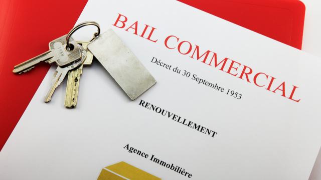Bail commercial : renouvellement et montant du loyer