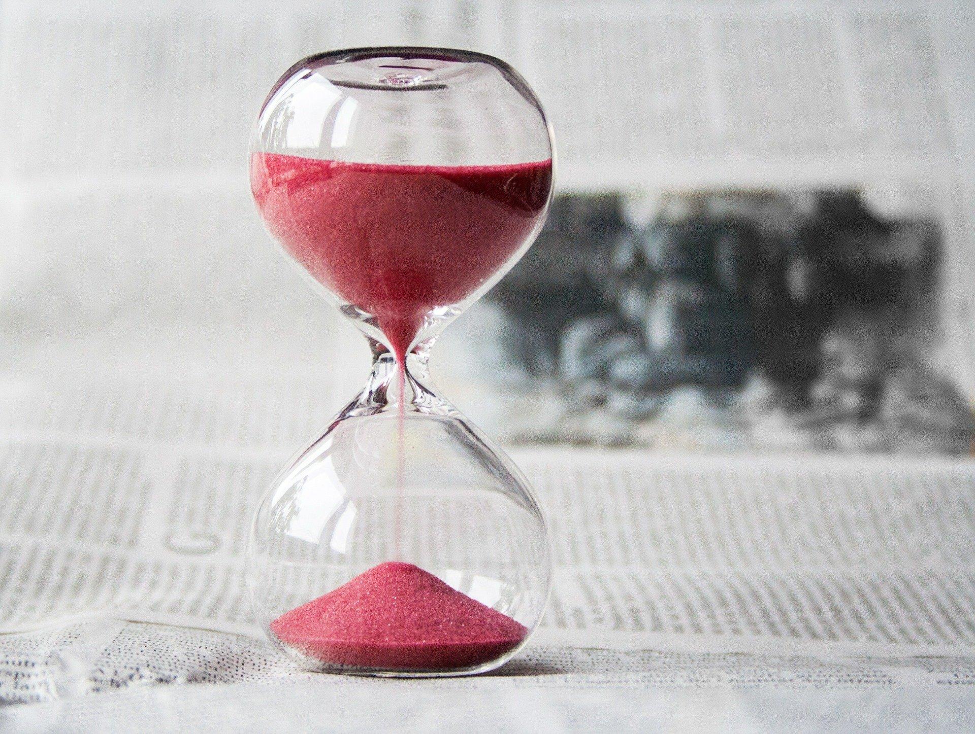 Dans quels délais peut-on poursuivre son employeur ?
