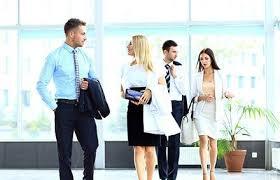 Tenue des salariés : quels sont les droits de l'employeur ?