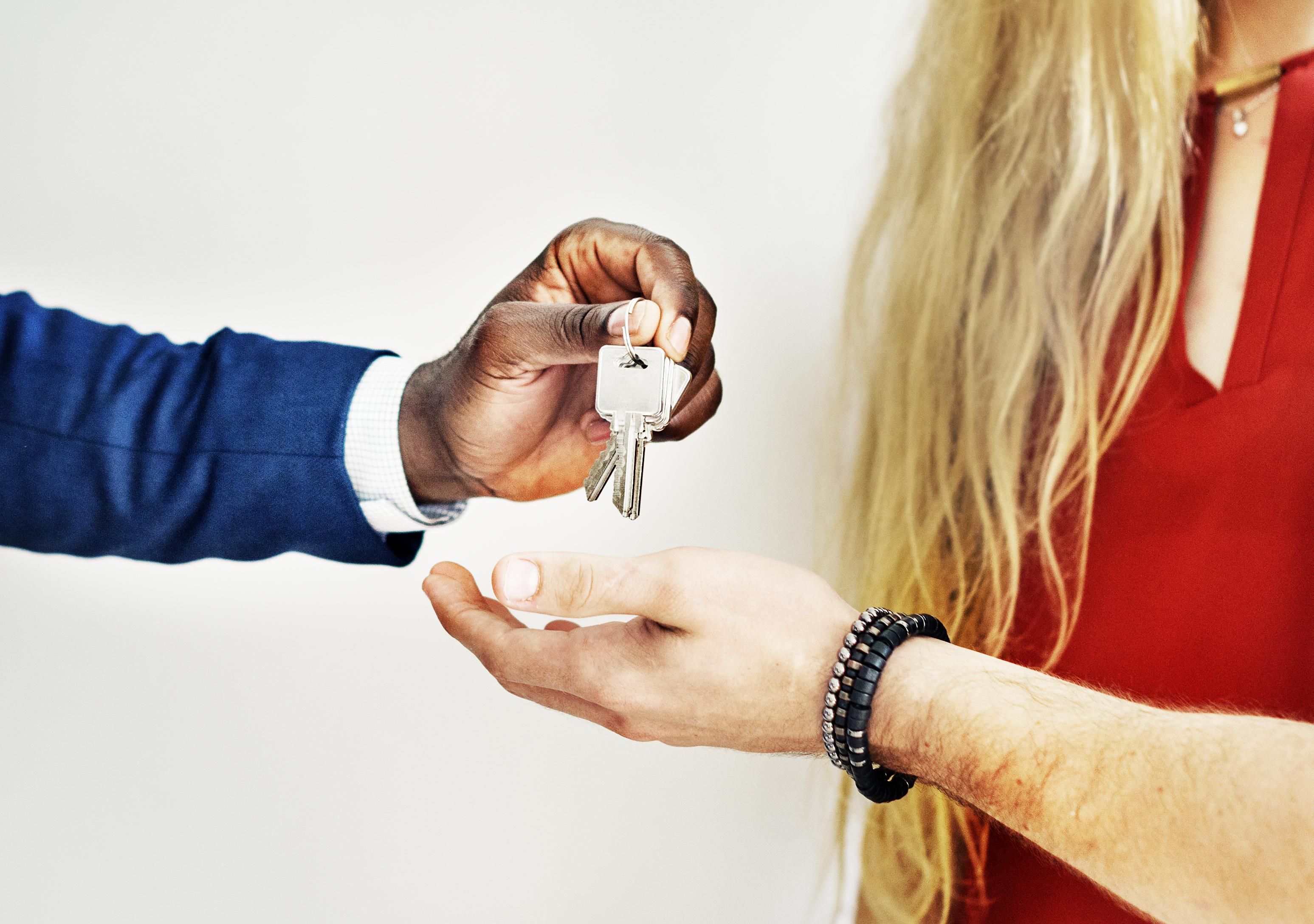 La restitution du dépôt de garantie dans le bail d'habitation:  Le Conseil Constitutionnel valide l'alinéa 7 de l'article 22 de la Loi du 06/07/1989 en ce qu'il a été modifié par la loi Alur du 24/03/2014