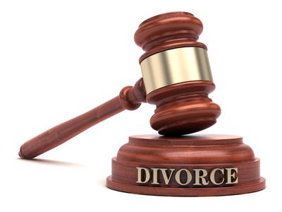 Sondage : Équité père-mère devant le Tribunal