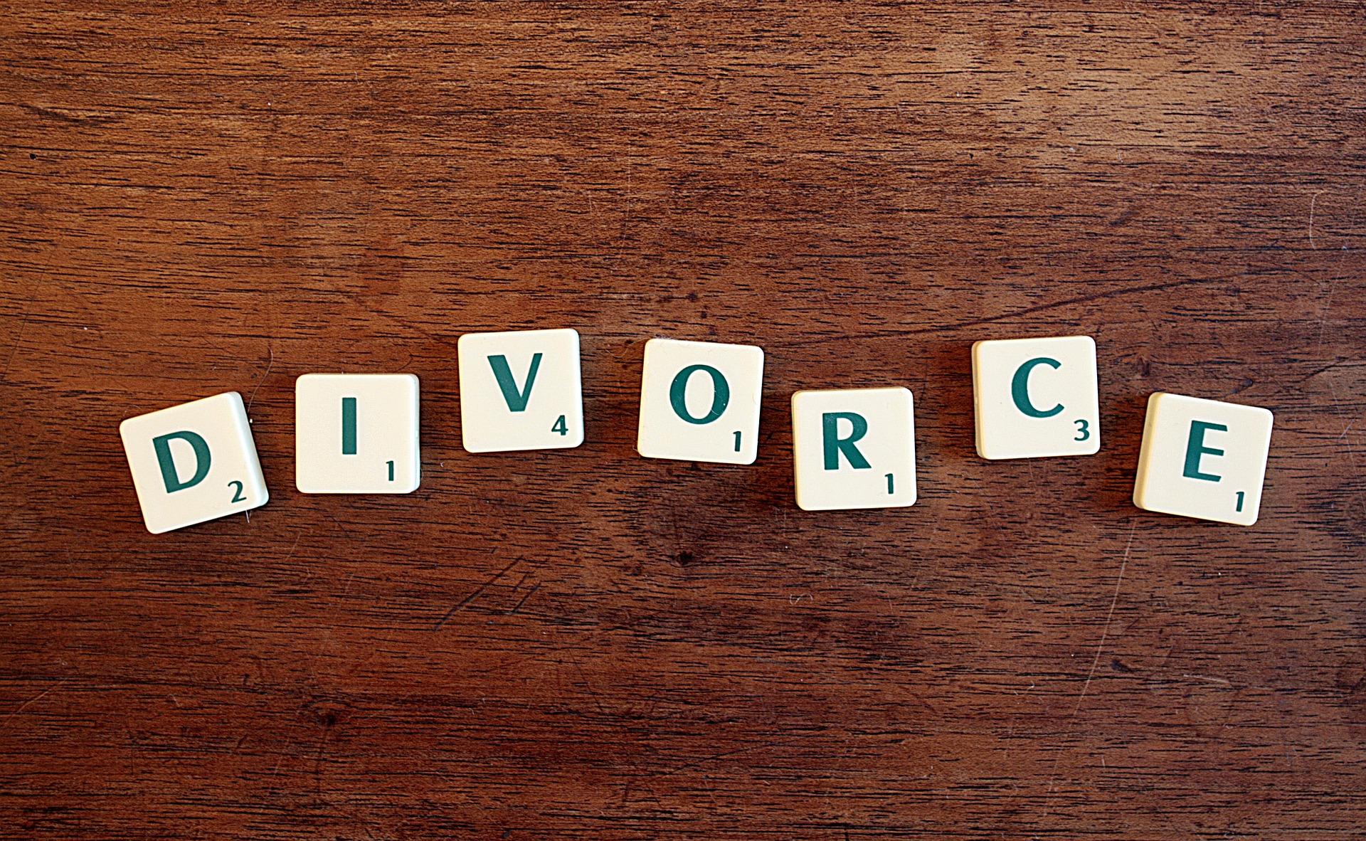 AVOCAT A LILLE – LES 5 ETAPES DU DIVORCE PAR CONSENTEMENT MUTUEL OU DIVORCE AMIABLE