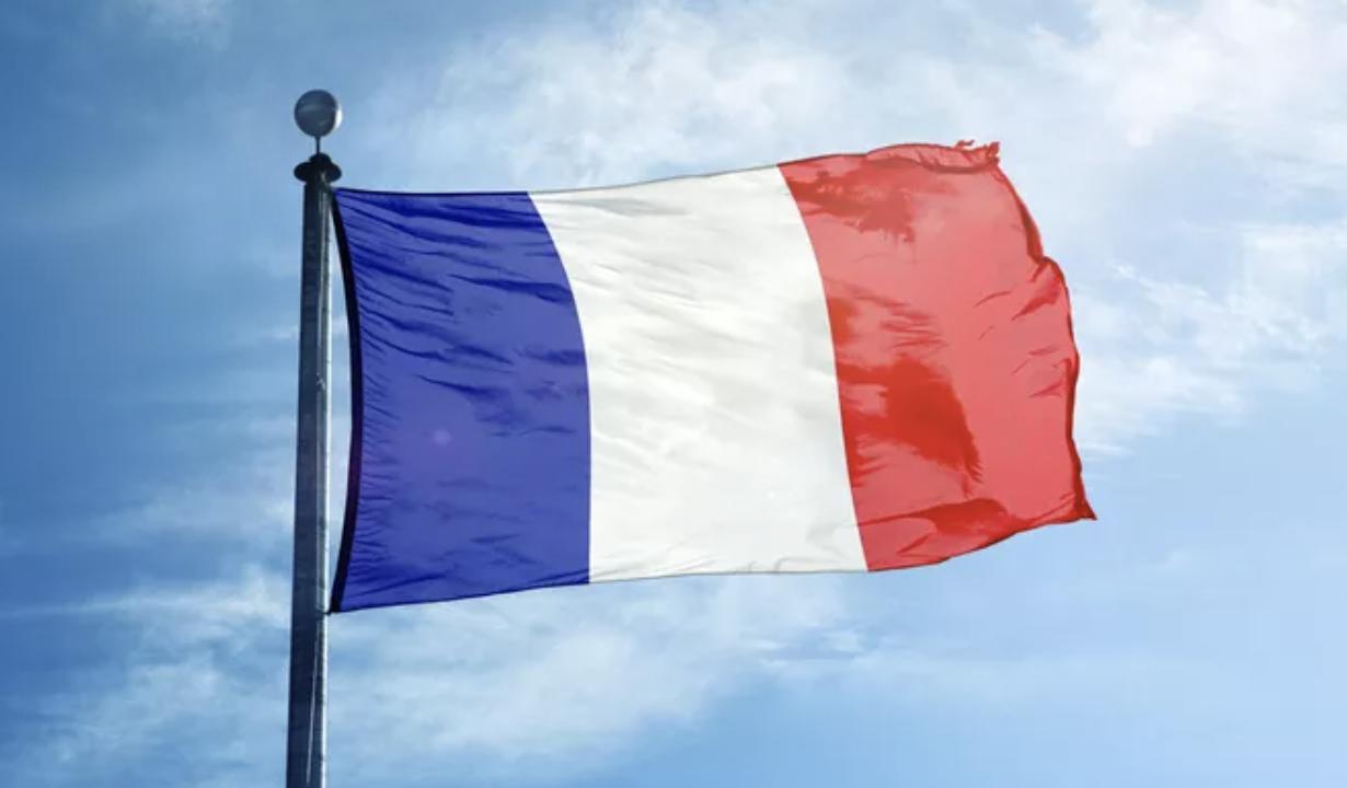 """Etrangers. Obtention d'un titre de séjour """"conjoint de français"""" pour un client originaire de Tunisie"""