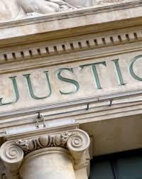 LE PRINCIPE DE LA REPRESENTATION OBLIGATOIRE PAR AVOCAT DEVANT LE TRIBUNAL JUDICIAIRE